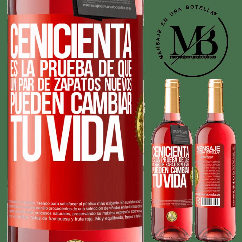 24,95 € Envoi gratuit   Vin rosé Édition ROSÉ Cendrillon est la preuve qu'une nouvelle paire de chaussures peut changer votre vie Étiquette Rouge. Étiquette personnalisable Vin jeune Récolte 2020 Tempranillo