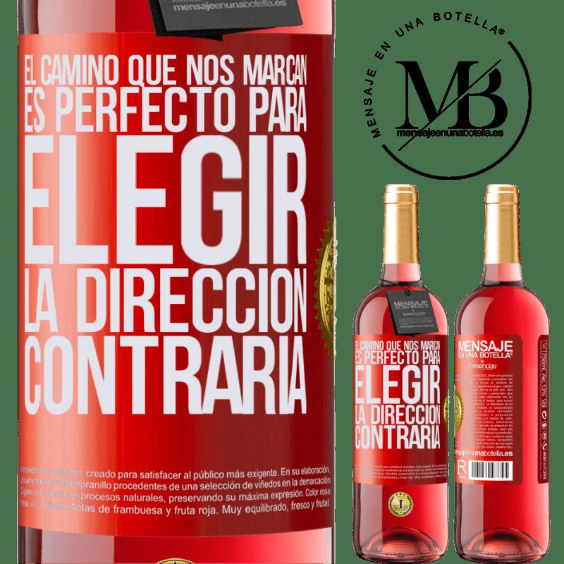 24,95 € Envoi gratuit   Vin rosé Édition ROSÉ La route qui nous marque est parfaite pour choisir la direction opposée Étiquette Rouge. Étiquette personnalisable Vin jeune Récolte 2020 Tempranillo