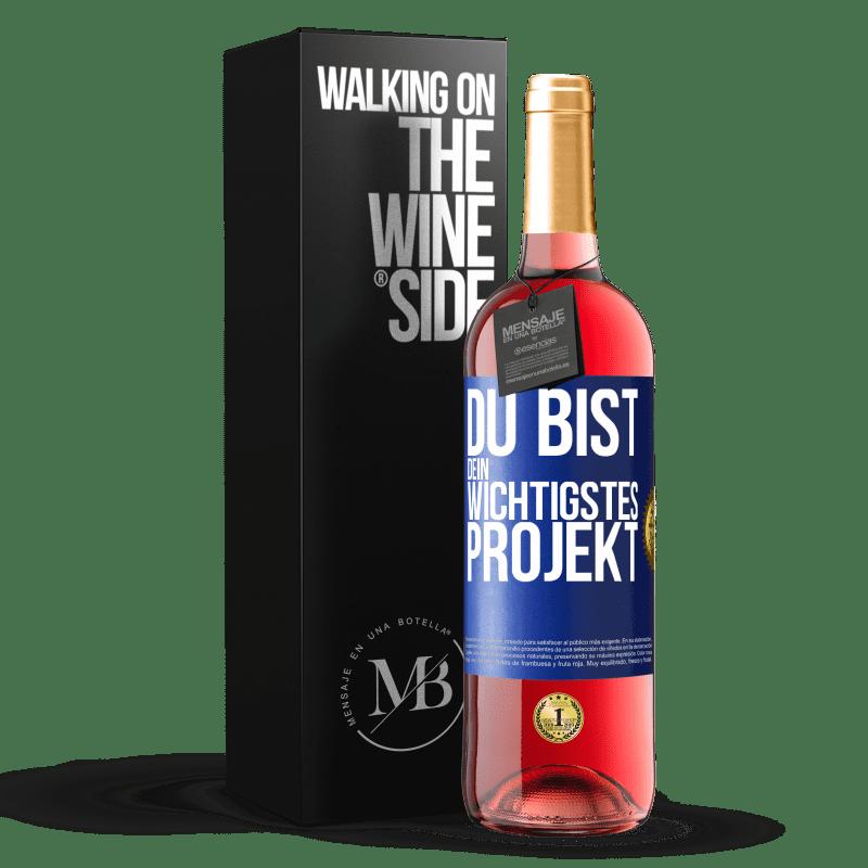 24,95 € Kostenloser Versand | Roséwein ROSÉ Ausgabe Sie sind Ihr wichtigstes Projekt Blaue Markierung. Anpassbares Etikett Junger Wein Ernte 2020 Tempranillo