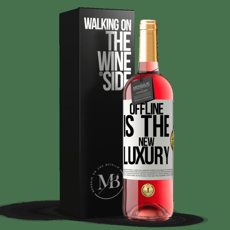 24,95 € Envío gratis | Vino Rosado Edición ROSÉ Offline is the new luxury Etiqueta Blanca. Etiqueta personalizable Vino joven Cosecha 2020 Tempranillo