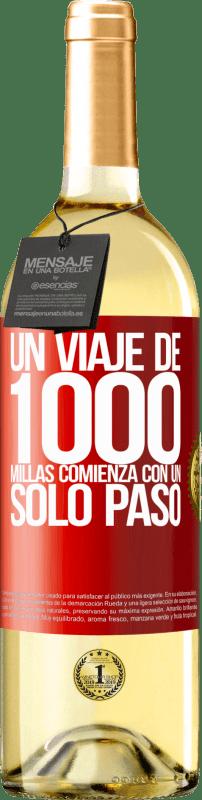 24,95 € Envío gratis | Vino Blanco Edición WHITE Un viaje de mil millas comienza con un solo paso Etiqueta Roja. Etiqueta personalizable Vino joven Cosecha 2020 Verdejo