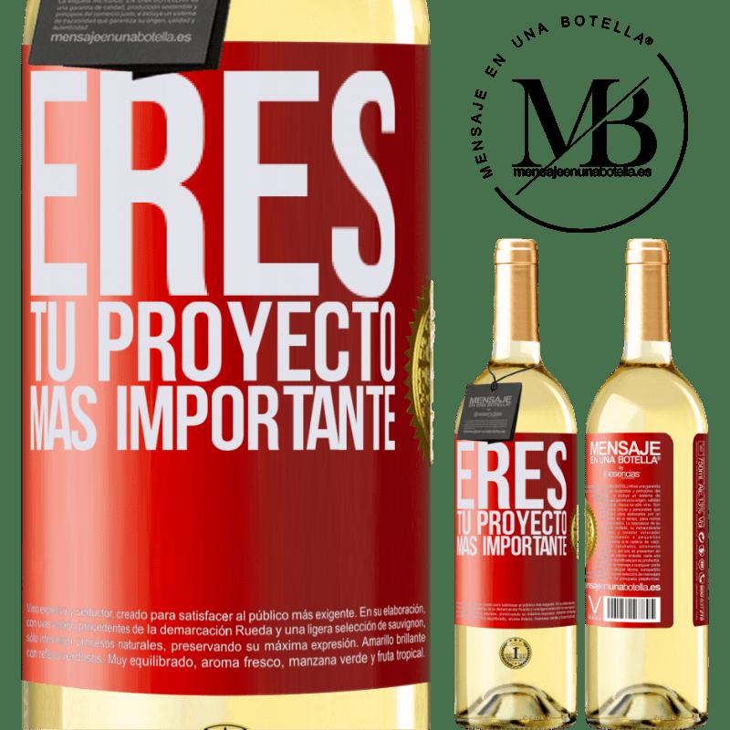 24,95 € Envoi gratuit | Vin blanc Édition WHITE Vous êtes votre projet le plus important Étiquette Rouge. Étiquette personnalisable Vin jeune Récolte 2020 Verdejo