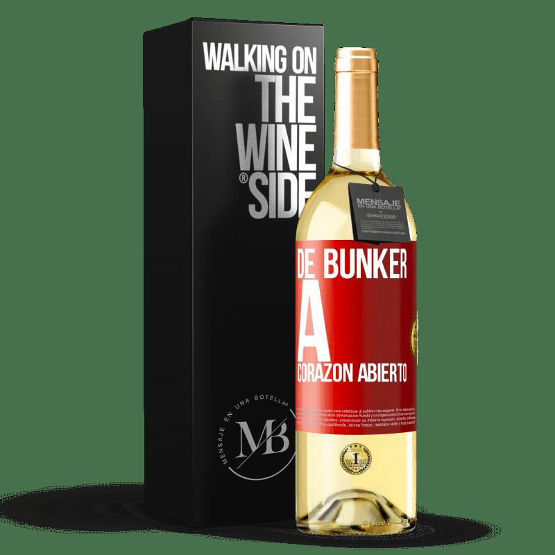 24,95 € Envío gratis | Vino Blanco Edición WHITE De búnker a corazon abierto Etiqueta Roja. Etiqueta personalizable Vino joven Cosecha 2020 Verdejo