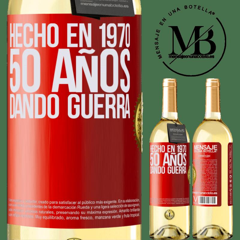 24,95 € Envío gratis   Vino Blanco Edición WHITE Hecho en 1970. 50 años dando guerra Etiqueta Roja. Etiqueta personalizable Vino joven Cosecha 2020 Verdejo