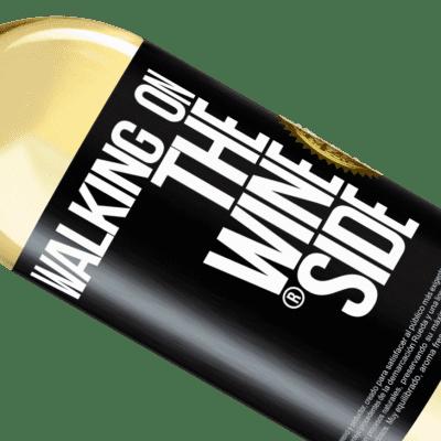 Expresiones Únicas y Personales. «Walking on the Wine Side®» Edición WHITE