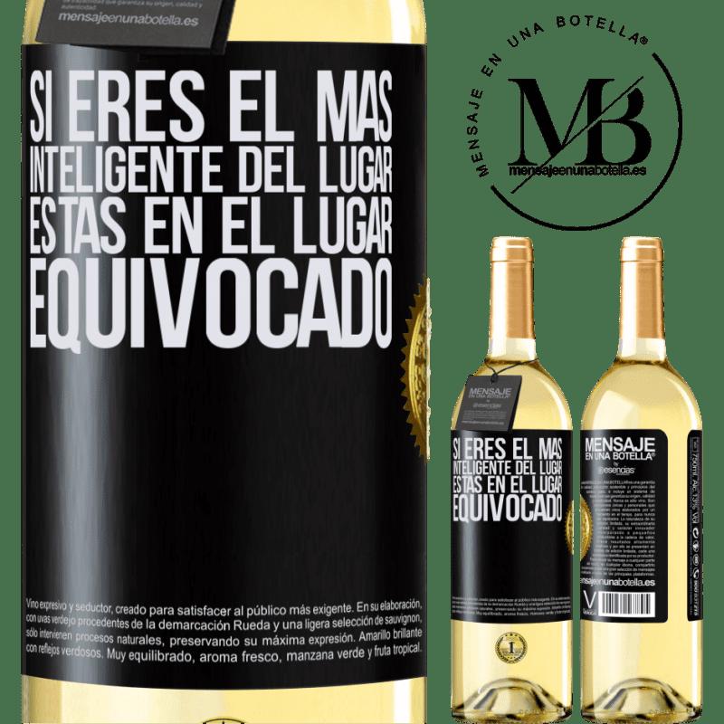 24,95 € Envoi gratuit | Vin blanc Édition WHITE Si vous êtes le plus intelligent de l'endroit, vous êtes au mauvais endroit Étiquette Noire. Étiquette personnalisable Vin jeune Récolte 2020 Verdejo