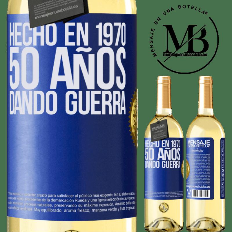 24,95 € Envío gratis   Vino Blanco Edición WHITE Hecho en 1970. 50 años dando guerra Etiqueta Azul. Etiqueta personalizable Vino joven Cosecha 2020 Verdejo