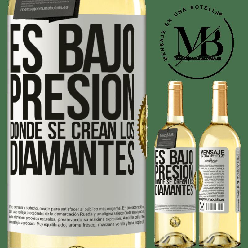 24,95 € Envío gratis   Vino Blanco Edición WHITE Es bajo presión donde se crean los diamantes Etiqueta Blanca. Etiqueta personalizable Vino joven Cosecha 2020 Verdejo
