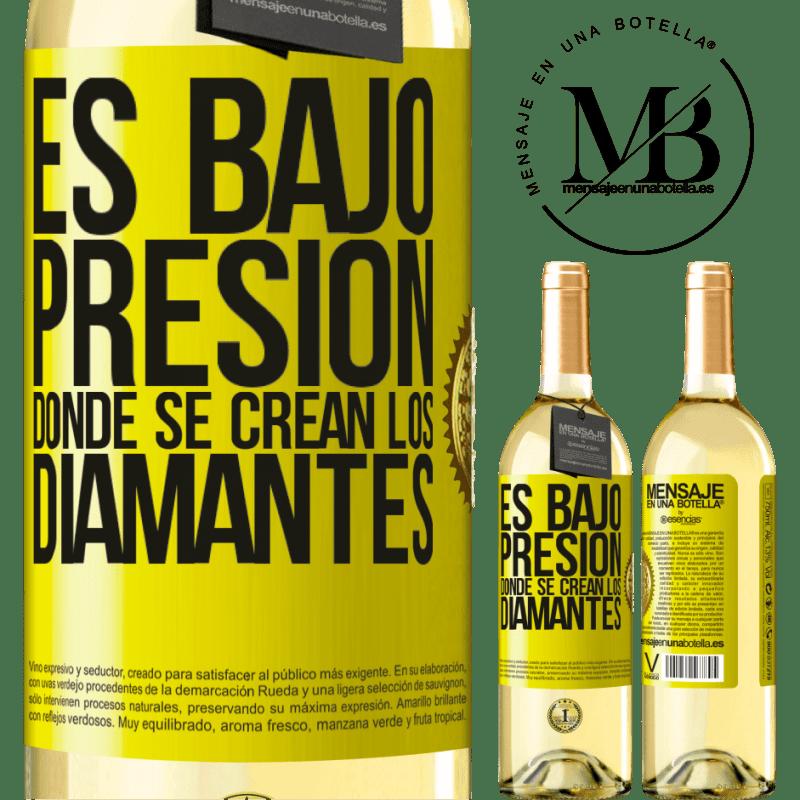 24,95 € Envío gratis   Vino Blanco Edición WHITE Es bajo presión donde se crean los diamantes Etiqueta Amarilla. Etiqueta personalizable Vino joven Cosecha 2020 Verdejo