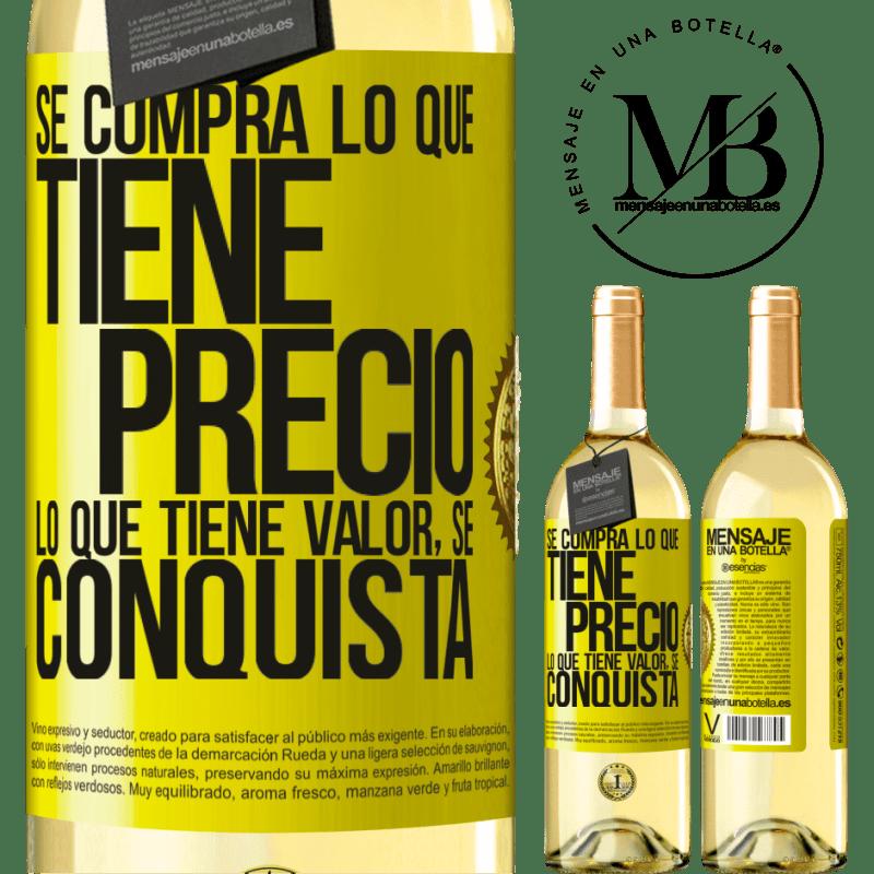 24,95 € Envoi gratuit | Vin blanc Édition WHITE Vous achetez ce qui a un prix. Ce qui a de la valeur est conquis Étiquette Jaune. Étiquette personnalisable Vin jeune Récolte 2020 Verdejo