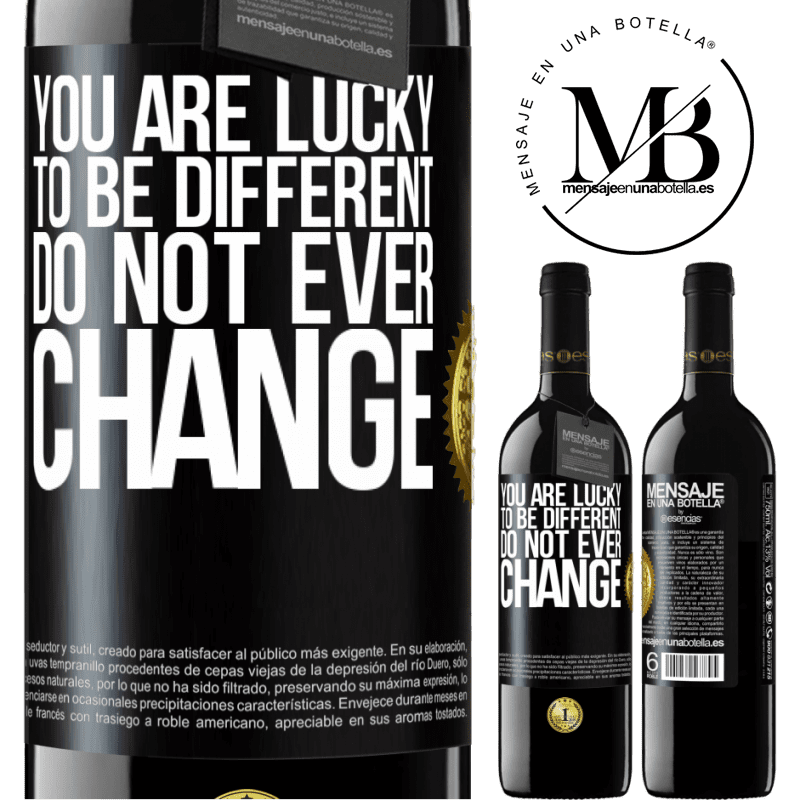 24,95 € Free Shipping | Red Wine RED Edition Crianza 6 Months You are lucky to be different. Do not ever change Black Label. Customizable label Aging in oak barrels 6 Months Harvest 2018 Tempranillo