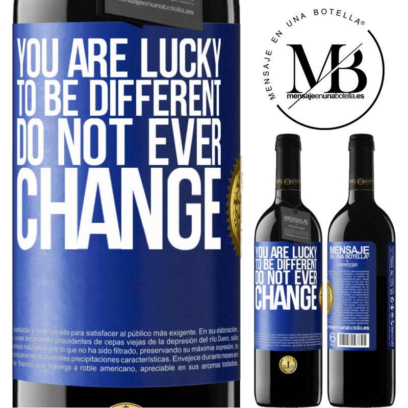 24,95 € Free Shipping | Red Wine RED Edition Crianza 6 Months You are lucky to be different. Do not ever change Blue Label. Customizable label Aging in oak barrels 6 Months Harvest 2018 Tempranillo