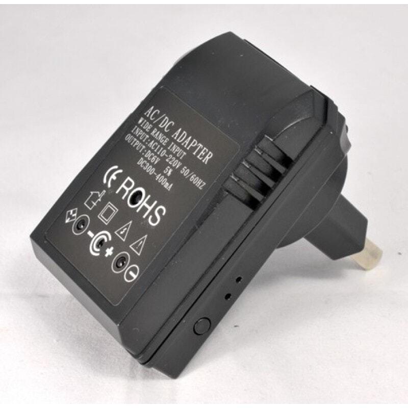 Другие скрытые камеры Универсальный адаптер с шпионской камерой. ИК ночного видения. Определение движения. Слот для TF-карты 720P HD