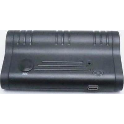 语音激活录音机。手电筒功能。磁吸收 8 Gb