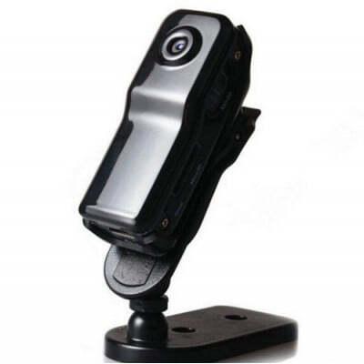 41,95 € Kostenloser Versand | Andere versteckte Kameras Mini-Spionagekamera. Clip-on-Stil. Sound aktiviert. Drahtloser / WiFi-Camcorder