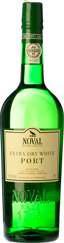 15,95 € Free Shipping | Fortified wine Quinta do Noval White Extra Dry I.G. Porto Porto Portugal Malvasía, Códega, Rabigato Bottle 75 cl
