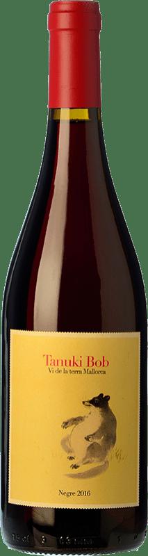 19,95 € 免费送货 | 红酒 4 Kilos Tanuki Bob Crianza I.G.P. Vi de la Terra de Mallorca 巴利阿里群岛 西班牙 Mantonegro 瓶子 75 cl