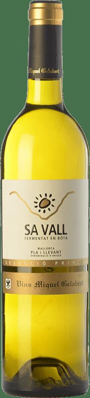 31,95 € 免费送货 | 白酒 Miquel Gelabert Sa Vall Selecció Privada Crianza D.O. Pla i Llevant 巴利阿里群岛 西班牙 Viognier, Giró White 瓶子 75 cl