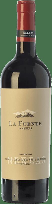 7,95 € Envío gratis | Vino tinto Nekeas La Fuente Crianza D.O. Navarra Navarra España Tempranillo, Merlot, Cabernet Sauvignon Botella 75 cl