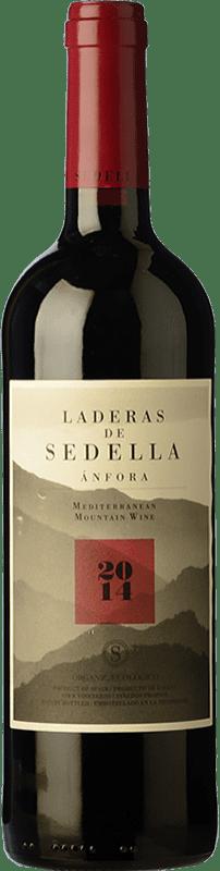 17,95 € Envío gratis | Vino tinto Sedella Laderas Crianza D.O. Sierras de Málaga Andalucía España Garnacha, Romé, Moscatel Botella 75 cl