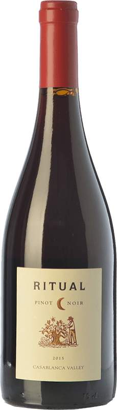14,95 € Free Shipping | Red wine Veramonte Ritual Crianza I.G. Valle de Casablanca Valley of Casablanca Chile Pinot Black Bottle 75 cl