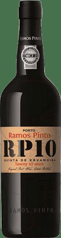 32,95 € 免费送货 | 强化酒 Ramos Pinto Tawny 10 Años Oporto I.G. Porto 葡萄牙 Tempranillo, Touriga Franca, Touriga Nacional, Tinta Amarela, Tinta Cão, Tinta Barroca 瓶子 75 cl