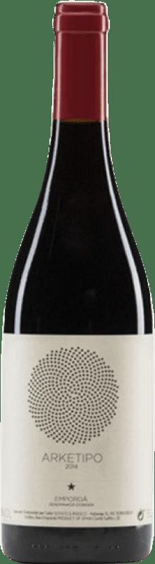 27,95 € Free Shipping | Red wine Sota els Àngels Arketipo Crianza D.O. Empordà Catalonia Spain Merlot, Syrah, Mazuelo, Carignan Bottle 75 cl