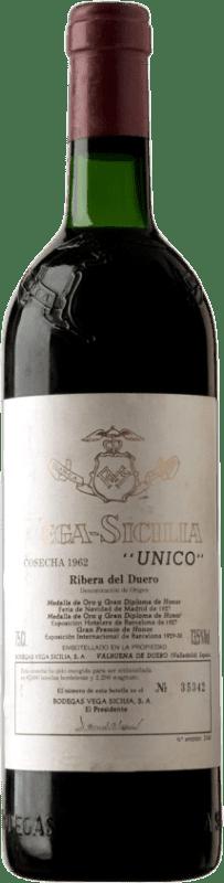 1 252,95 € | Red wine Vega Sicilia Único Gran Reserva 1962 D.O. Ribera del Duero Castilla y León Spain Tempranillo, Cabernet Sauvignon Bottle 75 cl